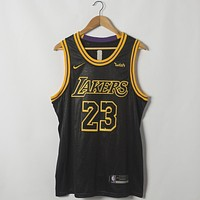 Men's Los Angeles Lakers LeBron James Nike Black 2018/19 Swingman Jersey - Icon Edition