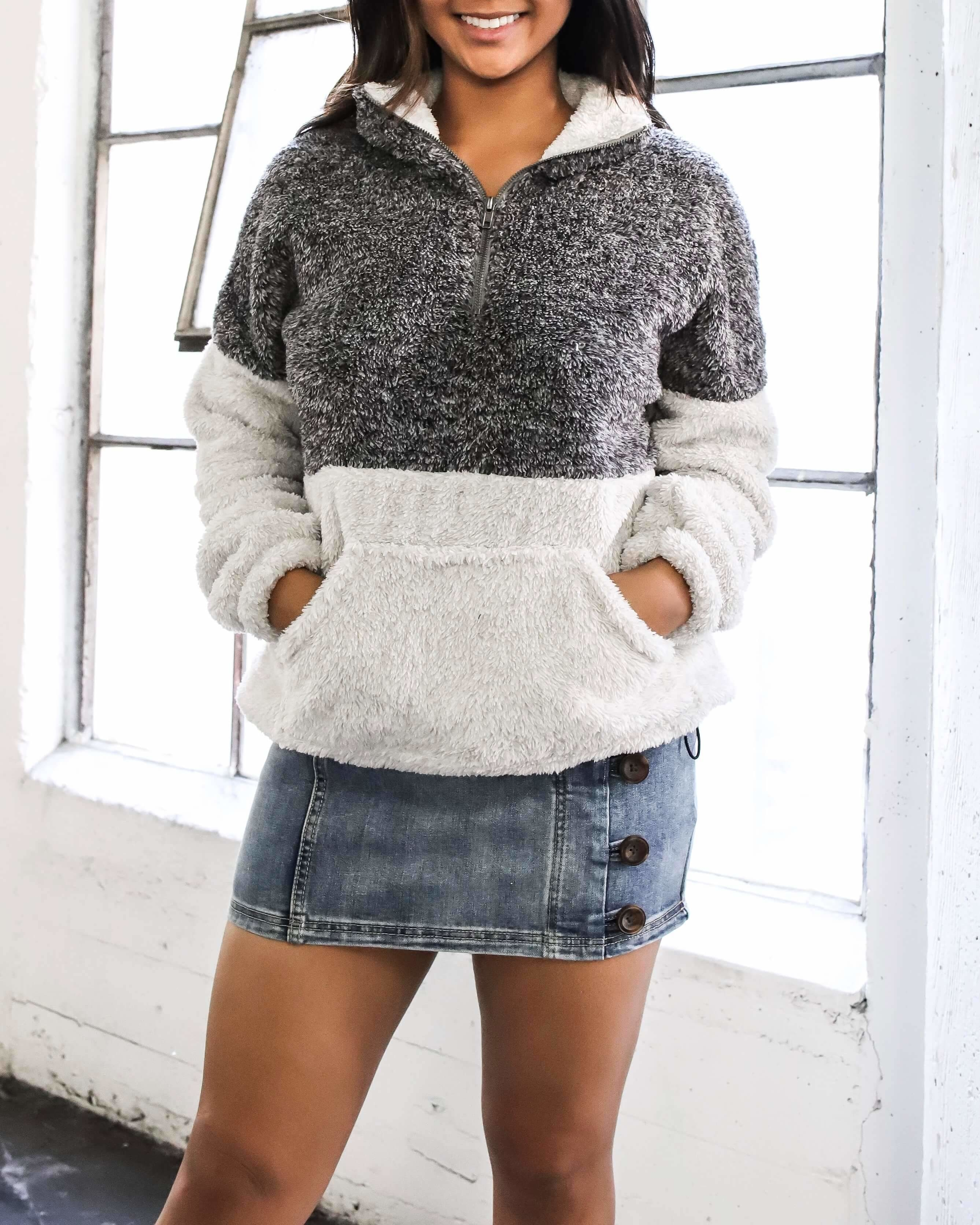 Image of Two Tone Sherpa Half-Zip Pullover - Charcoal/Grey