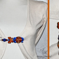 Fashion hand-decorated safety pin to adorn Hats and Jackets, close Cardigan and Scarves - Color Orange and Blue (SPL20)