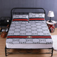 GUCCI & YSL New fashion letter bee print 1.8 m and 1.5 m soft mat single double soft bed supplies mattress pillow case