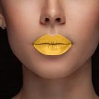Busy Bee Yellow Lipstain