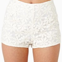 Daisy Field Shorts