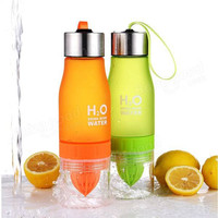 High Quality Color 650ml H20 Water Bottle Portable Juice Lemon Fruit Infuser Cup Outdoor Sports Travel Water Cup Drinkware Gift