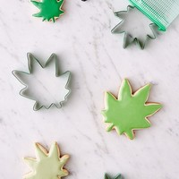 Assorted Leaf Cookie Cutter Set | Urban Outfitters