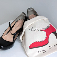 Hand Painted Woman Travel Shoe Bag in Red