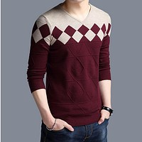 Vintage Sweater Men Collarless Sweater Christmas Sweaters Fashion V-neck Casual Slim Sweaters Men for Business