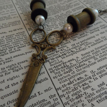 Seamstress Necklace, Sewing Machine, Scissors, Steampunk, Shabby Chic S29