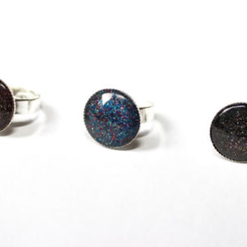 Glitter and Glamour Galaxy rings ( 3 colours: Black, Blue and Red/Black )