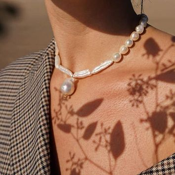 Feeling Baroque Pearl Necklace