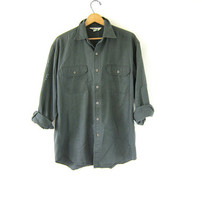 Vintage Army green Utility shirt. Button down KEY shirt. Mens Utilitarian shirt with paint spatter. Large
