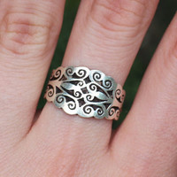 Sterling silver ring with pattern, simple silver ring, plain silver ring. Made in Nepal. Size 8