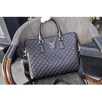 LV Louis Vuitton MEN'S CLASSIC LEATHER BRIEFCASE BAG CROSS BODY  BAG
