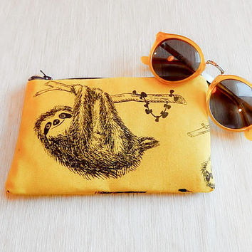 Sloth Gift for Her/ Make Up Bag/ BFF Gift/ Bridesmaid Gift/ Birthday Gift/ Gift for Mom/ Gift for Wife/ Pencil Case/ Sister Gift/ Teen Gift