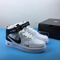 NIKE AIR FORCE 1 MID 07 LV8 804609-103