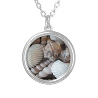 Sunny Seashells Collection Nature Summer Round Pendant Necklace