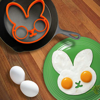 Azerin High Quality Rabbit Silicone Egg Mold Ring Cooking Tools Fried Egg Kitchen Gadgets