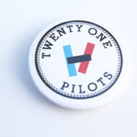 TWENTY ON PILOTS 2 1/4 Inch Pin