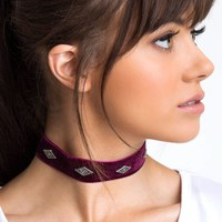 Analeigh Velvet Choker - Burgundy