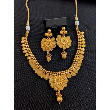 Real gold look alike Choker Necklace and Earrings set - 1 design left