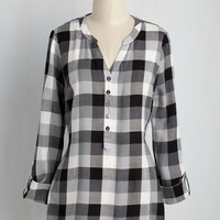 At Henley Rate Top in Black