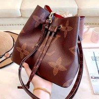 LV 2019 new classic old flower female models wild retro bucket bag Messenger bag
