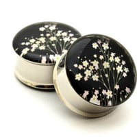 Japanese Flower Picture Plugs gauges - 16g, 14g, 12g, 10g, 8g, 6g, 4g, 2g, 0g, 00g, 7/16, 1/2, 9/16, 5/8, 3/4, 7/8, 1 inch STYLE 7