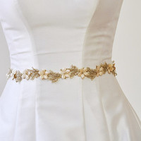 GOLD BELT, Bridal Gold Belt, wedding GOLD  Flower Belt, Champagne bridal beaded Belt wedding belt, Gold Sash,Gold beaded belt