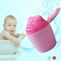 Cartoon Baby Bath Caps Baby Shampoo Cup Children Bathing Bailer Baby Shower Spoons Child Washing Hair Cup Kids bath tool D2