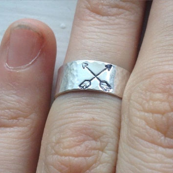 Sterling Silver Double Arrow Ring - Hammered Texture - Handmade - Stamped - Midi Ring - Thumb Ring - Any Size Custom Made to Order - Pretty