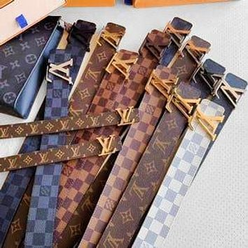 LV Louis Vuitton classic men's and women's smooth buckle belt