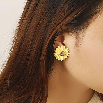 Fashion Flower Stud Earrings For Women Girl Small Cute Pink Yellow Color Earrings  Sexy Personalized Gift Jewelry