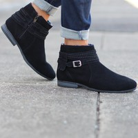 Minnetonka: Dixon Boot {Black} - Size 6.5
