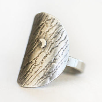 Silver Moon Ring / Silver Ring / Moon Jewelry / Organic Earthy Bohemian / Gift for Her / Boho Chic / Starry Night Ring