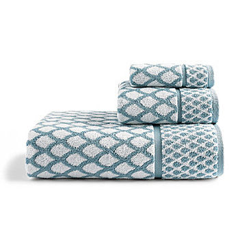 Southern Living Scalloped Bath Towels
