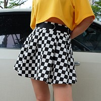 2020 new women's black and white plaid pleated skirt skirt
