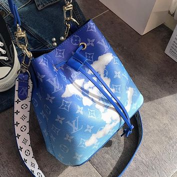 Louis Vuitton LV Fashion New Lady Tie-Dye Gradient Cloud Letter Bucket Bag Shoulder Bag