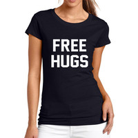 High Quality 2017 New Women Summer Casual Letter FREE HUGS Print Loose Short Sleeve O-Neck T Shirt Black And White Free Shipping