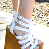 STRAPPED DOWN WEDGES IN WHITE