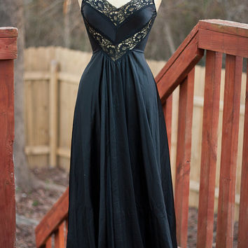 Sexy Vintage Undercover Wear Black Nightgown/Medium/Made in USA.