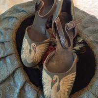 Antique,Art Deco, Swan Petit Point Shoes