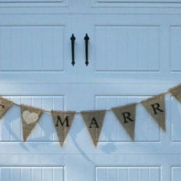 """Burlap Banner - """"Just Married"""""""