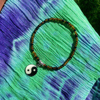 Black and Tortoise Shell Yin Yang Charm Stretch Anklet Hippie Zen Jewelry Summertime Fashion Ankle Bracelet