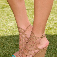 Strings Attached Wedges - Taupe