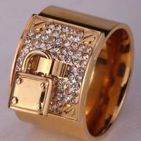 SHIPS FROM USA Stainless steel lock ring for women girls austrian crystal cut