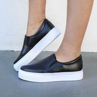 Midnight Run Black Platform Slide Sneaker