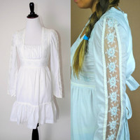 Vintage 1970s GUNNE SAX white lace floral long sleeve wedding hippie boho Peasant puff sleeve Babydoll MINI dress Xs