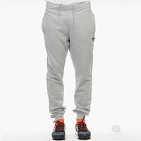 adidas Originals Graphic Sweat Pant | Caliroots - The Californian Twist of Lifestyle and Culture