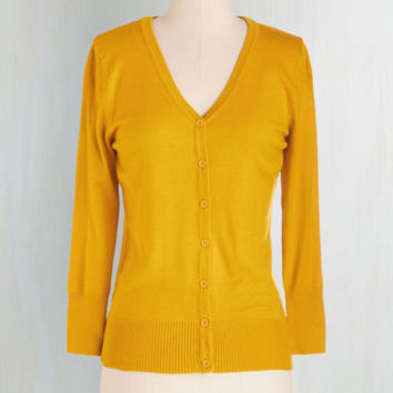 Scholastic Mid-length 3 Button Down Charter School Cardigan in Honey