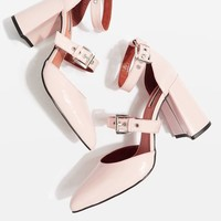 GUSTO Multi Buckle Sandals