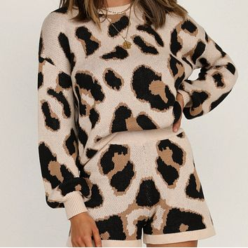 Women's new long-sleeved knitted sexy leopard sweater suit